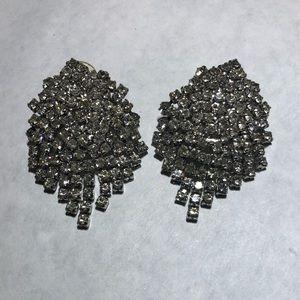 Vintage rhinestone chain tassel clip on earrings
